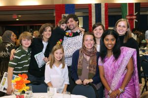int'l scholarship dinner 2009 133