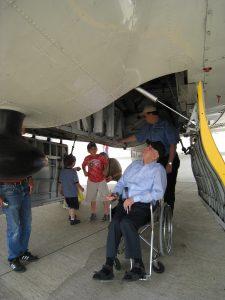 Dad & Les at Air Show with B17 - 3