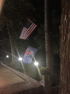 flags-at-rez